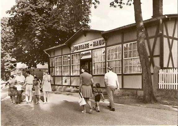 Neuglobsow (Kr. Gransee). Theodor-Fontane-Haus. Gaststätte.: Ansichtskarte (PLZ: 16775):