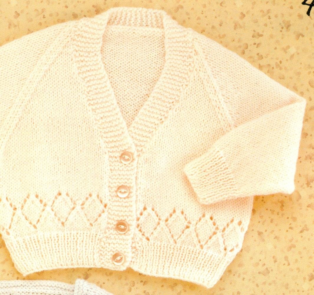 HAYFIELD KNITTING PATTERNS : DOUBLE KNIT & 4 PLY : Toddlers\' Raglan ...
