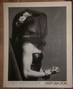 Lady Lisa Lyon. Mit einem Text von: Mapplethorpe, Robert,