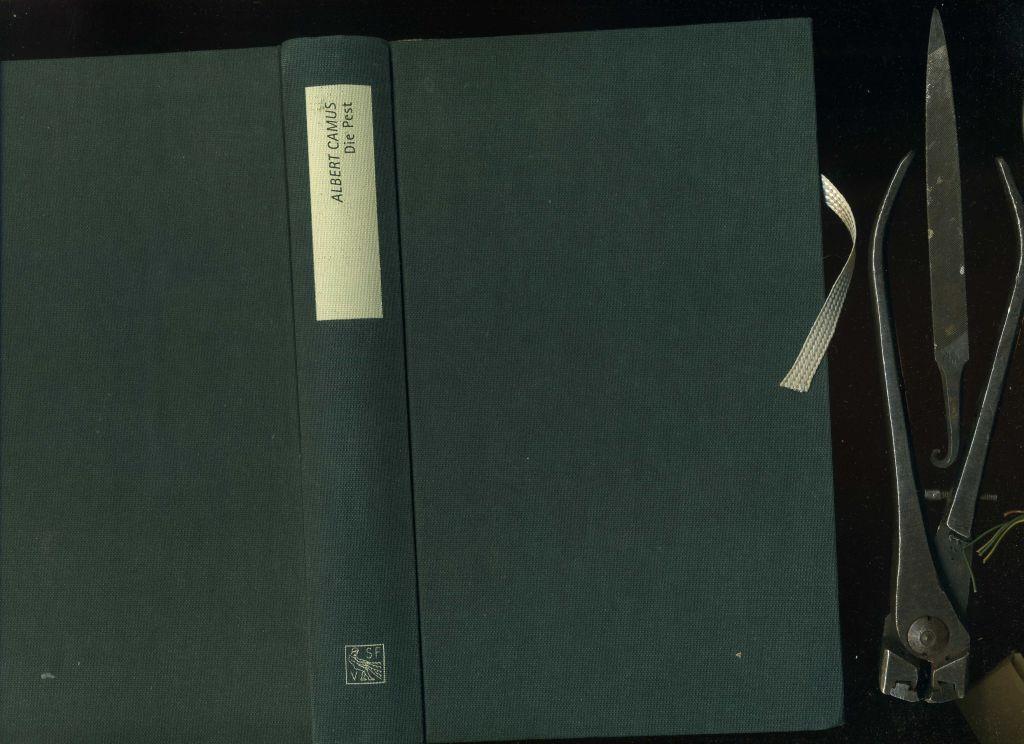 Die Pest. Die schöne gebundene Ausgabe in Ganzleinen - Camus, Albert