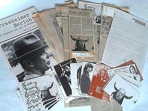 Sammlung von 12 Zeitungsartikeln, 1 Magazin, 14 Postkarten, mit verschiedenen Motiven sowie 1 Kopie...