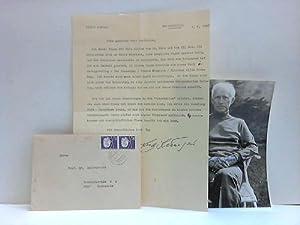 Ein maschineller Brief mit 2 kleinen eigenhändigen: Jünger, Ernst