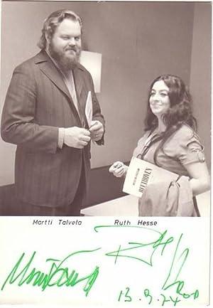 Original-Fotografie. Von Martti Talvela und Ruth Hesse auf der Bildseite eigenhändig mit gr&...