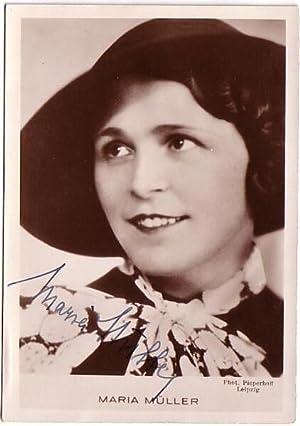 Original-Fotografie von Pieperhoff, Leipzig (ca. 1935). Von Maria Müller auf Bildseite eigenh&...