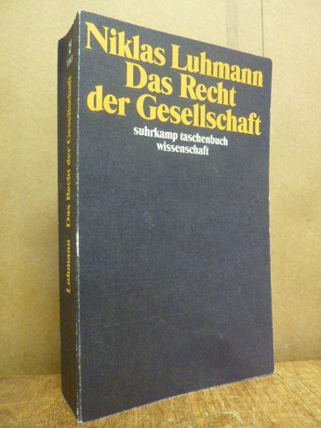 Observing International Relations: Niklas Luhmann and world politics