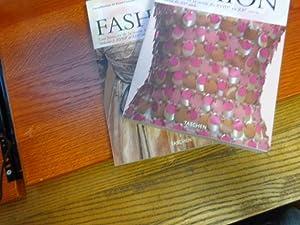 Fashion en 2 volumes : Une histoire: Akiko Fukai, Miki