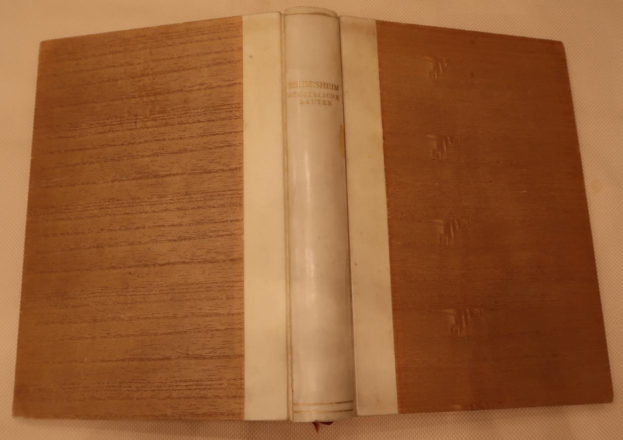 Die Kunstdenkmäler der Provinz Hannover. Herausgegeben von: Zeller, Adolf (Bearb.)