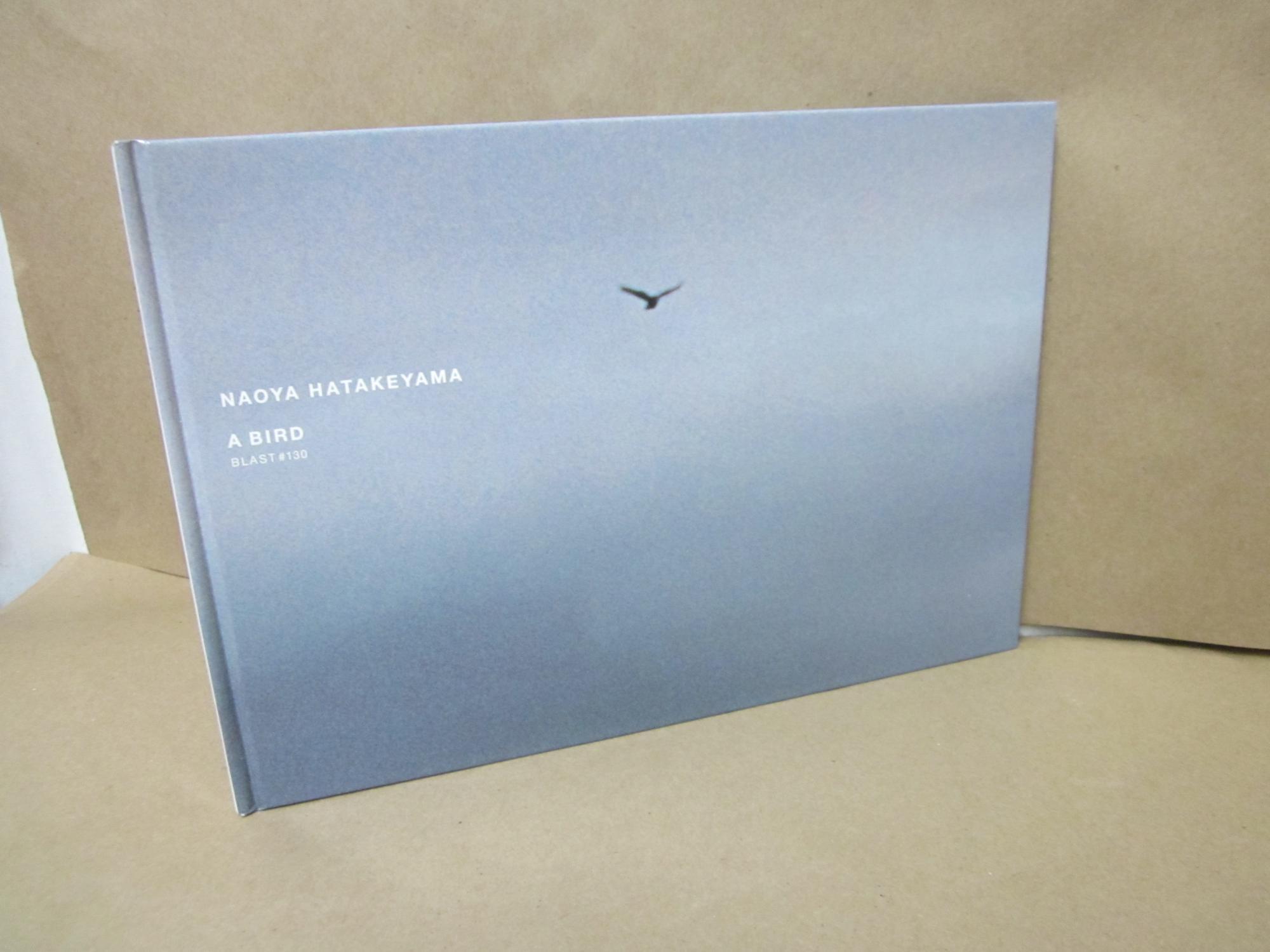 A_Bird_Blast_130_Signed_&_inscribed_Hatakeyama_Naoya_photo_Assez_bon_Couverture_rigide