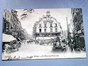 131-DIEPPE-La Place du Puits-Salé. Marque de pliure sur le Coin gauche inférieur.: ...