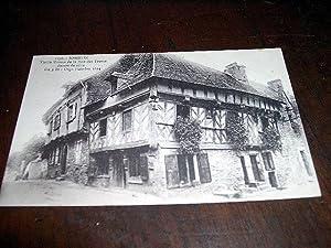 1176JOSSELINVieille maison de la rue des Trente datant de 1624.: Carte Postale