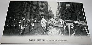 PARIS INONDE - La rue de Bellechasse.: Carte Postale Ancienne
