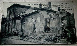 431- La Grande Guerre 1914-15. Ruines de Tracy-le-Val (Oise). Les Troupes d'Afrique s'...