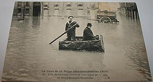 CRUE DE LA SEINE.(Janvier 1910). 38L'un des nouveaux Canots en toile: Carte Postale