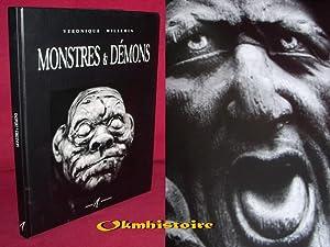Monstres et démons: WILLEMIN ( Véronique )