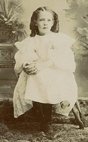 ANTIQUE VINTAGE CABINET CARD UNUSUAL MILWAUKEE GIRL ODDITY ODD OLD ART WI PHOTO