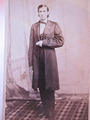 ANTIQUE CIVIL WAR ERA COLLEGE GRADUATE ID'D FAMOUS GENT ? ARTISTIC MAN CDV PHOTO