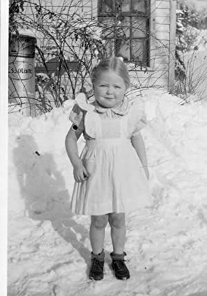 VINTAGE ARTISTIC ESSO ESSOTANE TANK EXXON SNOW ANGEL BLONDE GIRL WINTER PHOTO