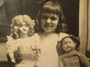 ANTIQUE VINTAGE TOY GIRL DOLL COLLECTION BLONDE HAIR LITTLE BOY CHARACTER PHOTO