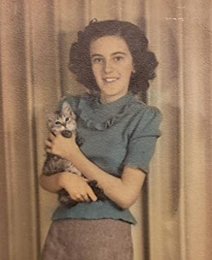 VINTAGE KITTEN CAT BLUE EYES TEEN GIRL HAND COLORED VERNACULAR PHOTOGRAPHY PHOTO