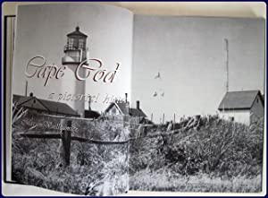 CAPE COD. A PICTORIAL HISTORY.: Vuilleumier, Marion