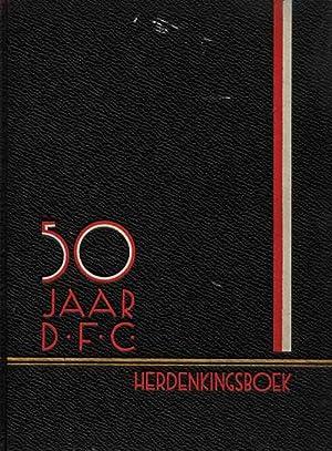 50 Jaar D.F.C. Geschiedenis der Dordrechtsche Football-Club 1883- 1933.: Dordrecht - van Roosendal
