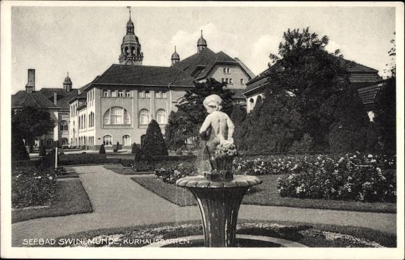 Ansichtskarte / Postkarte Swinemünde Pommern, Kurhausgarten, Fontäne