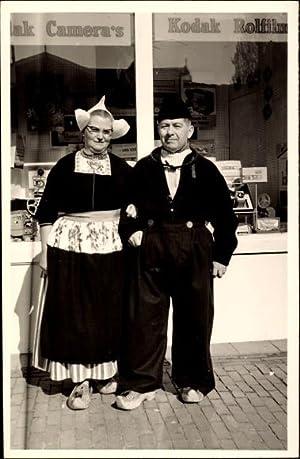 Foto Ansichtskarte / Postkarte Älteres Paar in