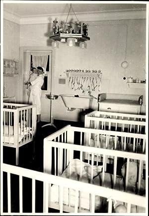 Foto Meerane in Sachsen, Geburtsklinik, Krankenschwester, Kinder,