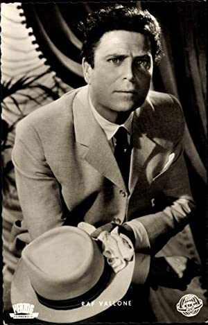 Ansichtskarte / Postkarte Schauspieler Raf Vallone, Portrait