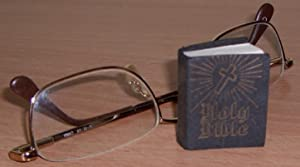 The New Testament.: MINIATURE BOOK.