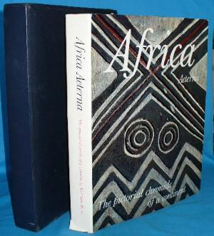 Africa Aeterna: A Pictorial Chronicle of a Continent: Henry, Paul-Marc