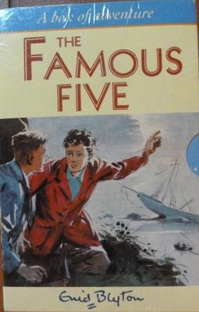 Famous Five Slipcase (1-5): Five on a Treasure Island, Five Go Adventuring Again, Five Run Away T...