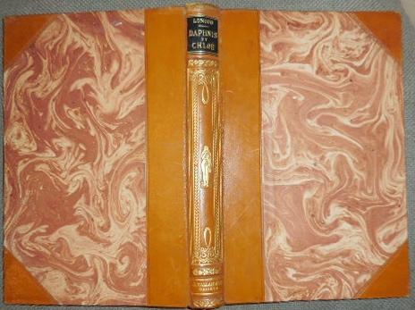 Daphnis & Chloé. LONGUS Paris, Editions Jules Tallandier, vers 1925; In-4, VIII-190 pp., Reliure d'éditeur demi-cuir brun à coins, dos à quatre nerfs orné d'un décor, couvert