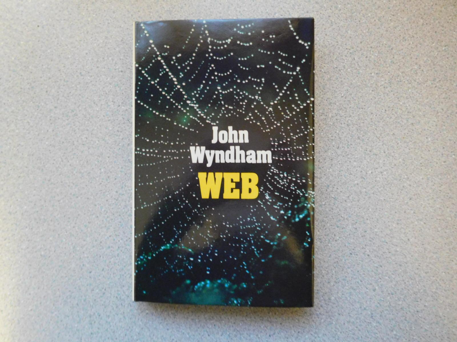 meteor by john wyndham Meteor and other stories john wyndham 40 to hurt somebody with a poisonous point a f naked b f sting c f evil d f bully 20 marks plot choose the best answer 41 onn wrote that they had come to a _____ a f square planet b f world of straight lines c f strange place d f calm place.