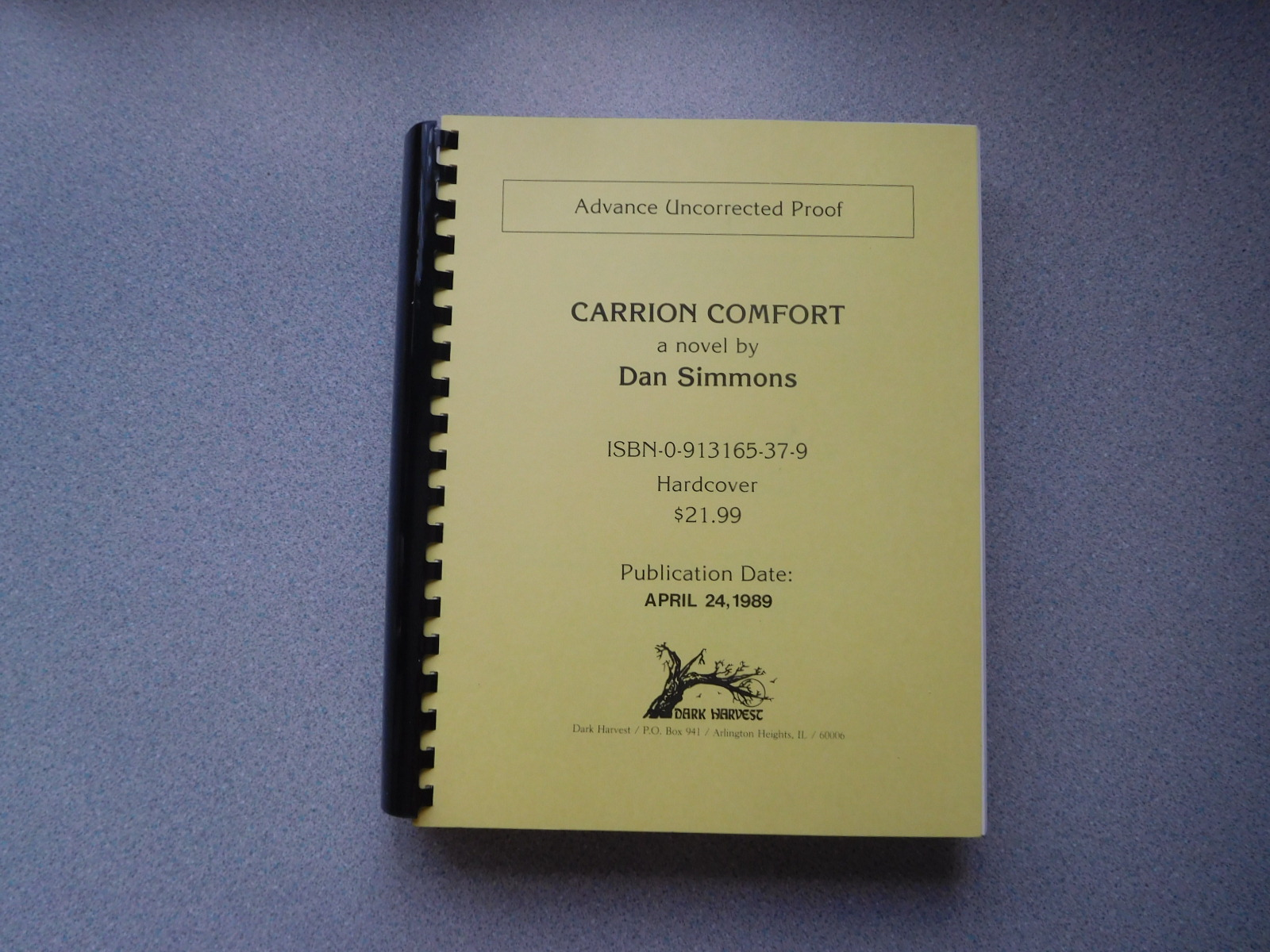 CARRION_COMFORT_Immaculate_Uncorrected_Proof_Signed_By_The_Author_Simmons_Dan_Comme_Neuf_Couverture_souple