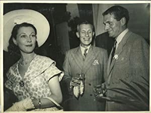 Vivien Leigh and Laurence Olivier Signed photograph,: Olivier, Sir Laurence;