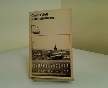 Kindheitsmuster : Roman. Sammlung Luchterhand ; 277.: Wolf, Christa: