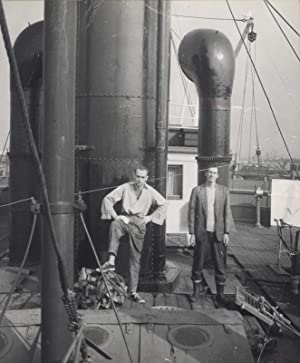 Friedrich Hundertwasser und Hans Neuffer als Deckboys auf der 'Bauta'. Kingston upon Hull...