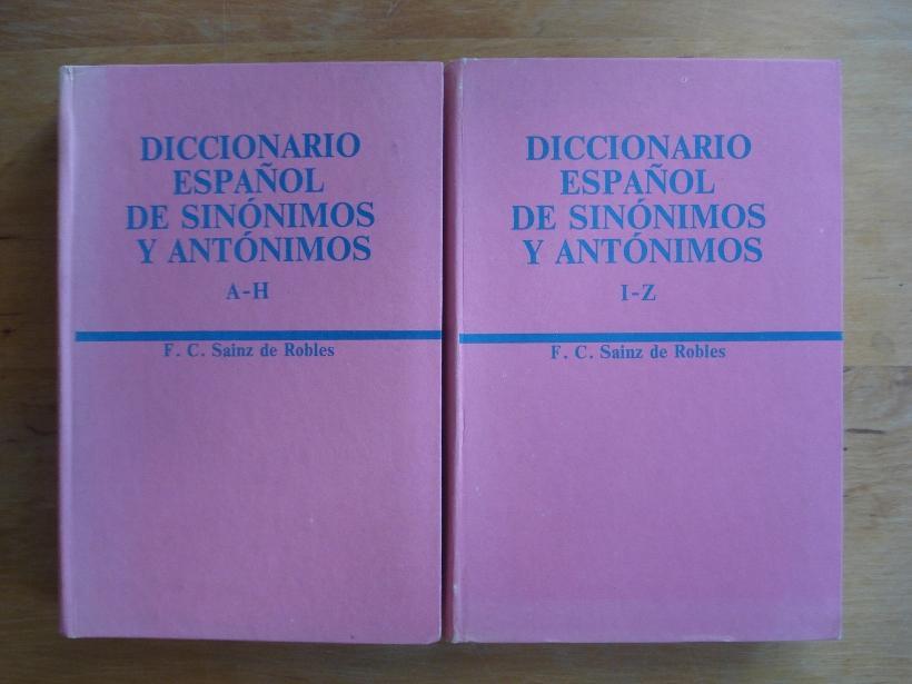 426b4d382f46 Diccionario Espanol de Sinonimos y Antonimos de Sainz de Robles ...