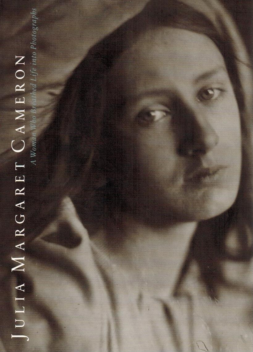 Julia Margaret Cameron ; photographs to electrify: Weiss, Marta, Julia