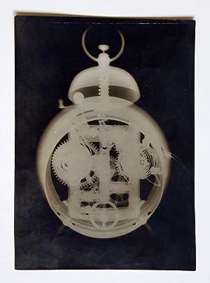 Original-Röntgenphotographie, dargestellt ein durchleuchteter Wecker. Ohne Ort: MÜLLER, Carl Heinrich