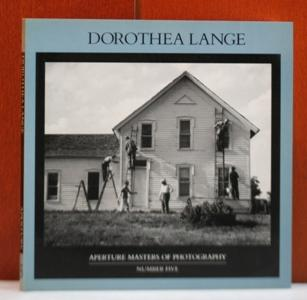 Dorothea Lange. With an Essay by Christopher: Lange, Dorothea: