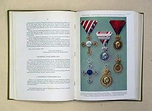Ehrenbuch der österreichisch-ungarischen Wehrmacht (1. Bd., alles was erschienen). Die ...