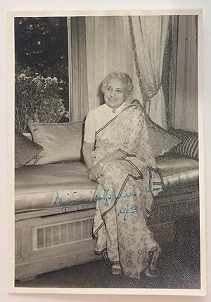 Signed Photograph: PANDIT, Vijaja Lakshmi. (1900 - 1990)