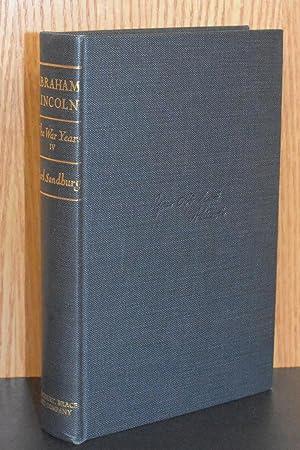 Abraham Lincoln; The War Years IV: Carl Sandburg