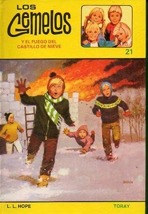 LOS GEMELOS Y EL FUEGO DEL CASTILLO DE NIEVE. Ilustrs. de A. Borrell. 2ª ed. Trad. Consuelo G....
