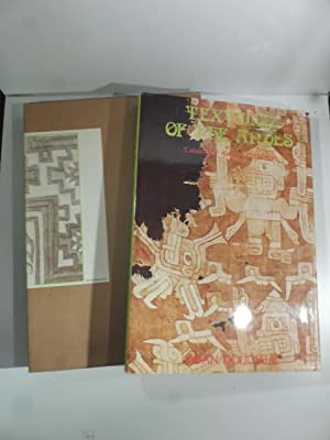 Textiles of the Andes. Catalog of Amano Collection
