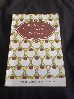 Medieval Near Eastern pottery: VICTORIA & ALBERT