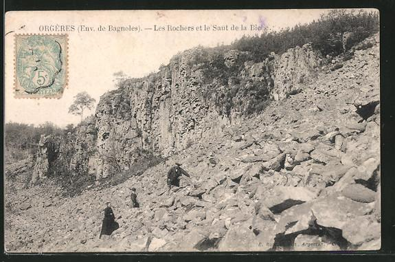 Carte postale Orgères, les rochers et le