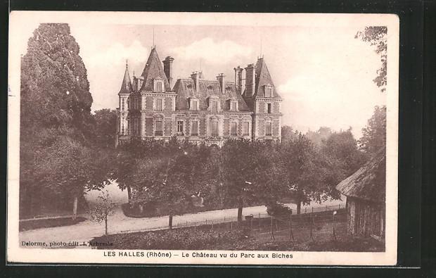 Carte postale Les-Halles, le château vu du